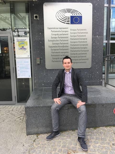 PE 1 - Wizyta w Parlamencie Europejskim oraz w Ambasadzie RP w Brukseli – czyli seminarium naukowe VPJ
