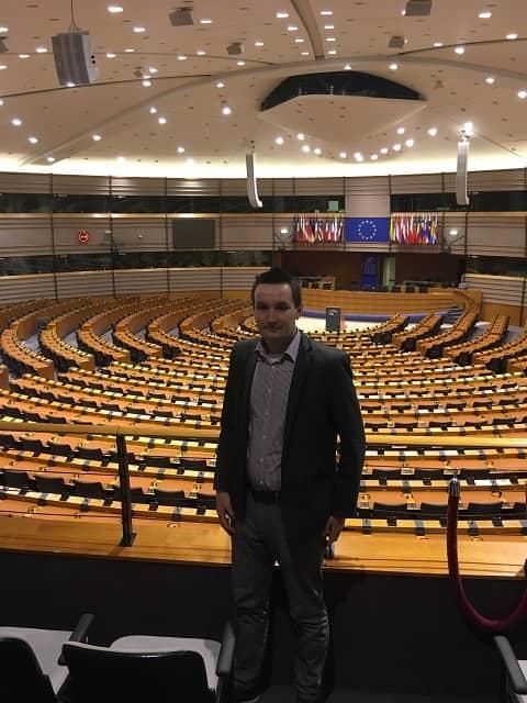 PE 5 - Wizyta w Parlamencie Europejskim oraz w Ambasadzie RP w Brukseli – czyli seminarium naukowe VPJ